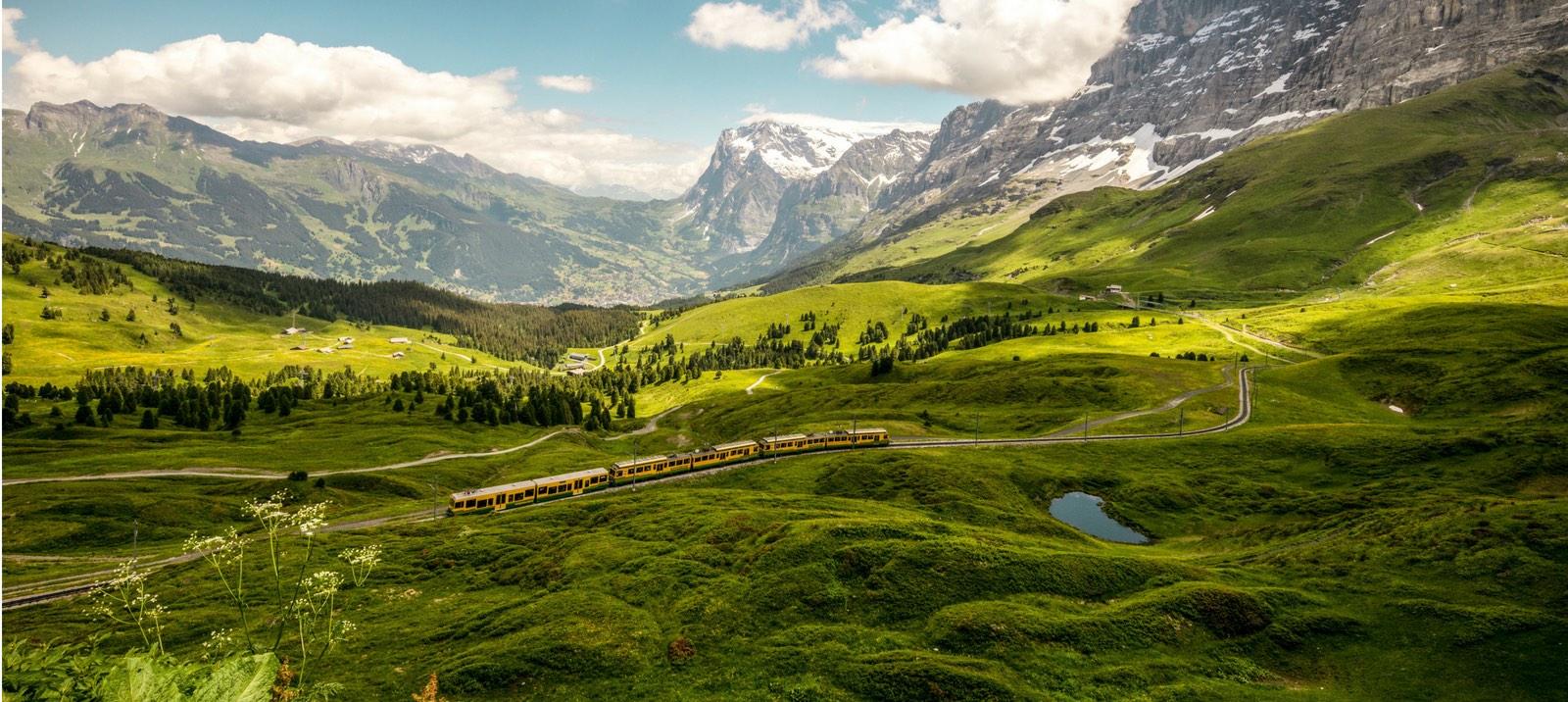 Conozca Interlaken y la región de Jungfrau en tren | Suiza
